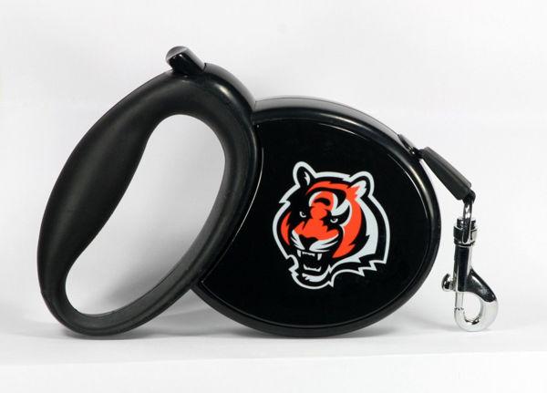 Picture of NFL Retractable Pet Leash - Bengals
