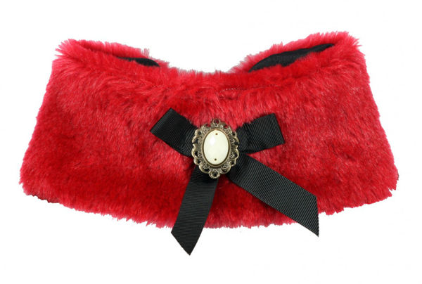 Picture of Luxurious Fur Cape - Red